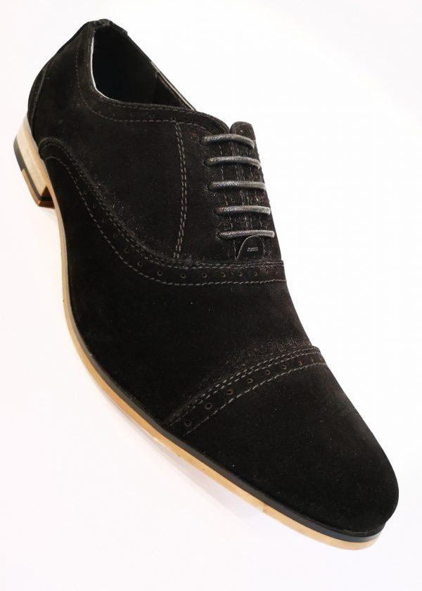 Zapato de antelina