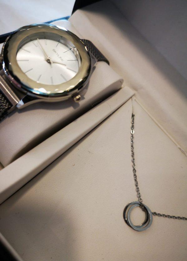 Conjunto reloj/collar