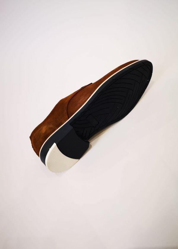 Zapato de piel