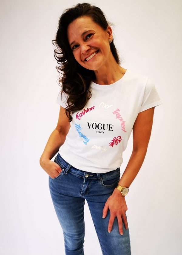 Camiseta Vogue corazón