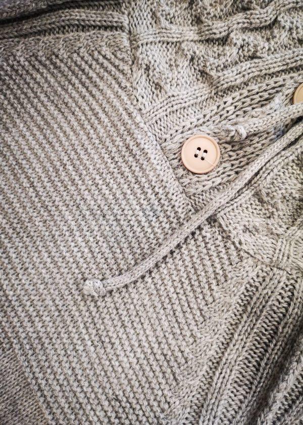 Jersey de cuello alto con botones