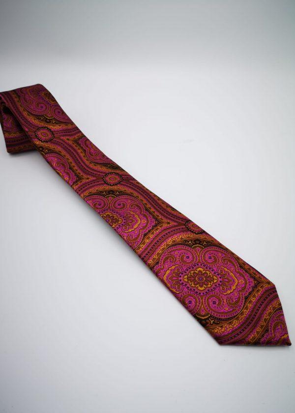 Corbata Maorí